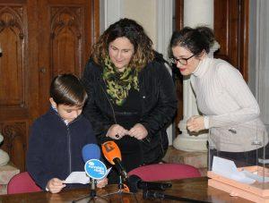 Ayuntamiento de Novelda rey-ayto-300x227 Valeria Navarro Jover será el Rey Paixaró 2019