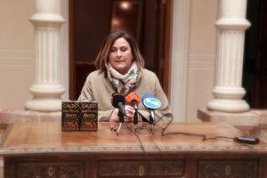Ayuntamiento de Novelda IMG_20190118_110917-ayto-300x200 Fiestas dona a Cáritas los paquetes de caldo sobrantes de las fiestas navideñas
