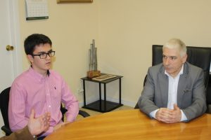 Ayuntamiento de Novelda IMG_8723-ayto-300x200 El pianista noveldense Carlos Santo recibe el reconocimiento del Ayuntamiento por su trayectoria profesional