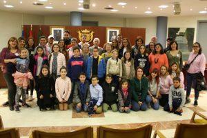 Ayuntamiento de Novelda IMG_2569-ayto-300x200 Los escolares eligen valores en el acto de conmemoración del 40 aniversario de las primeras elecciones municipales