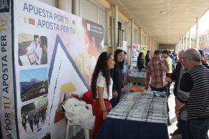 Ayuntamiento de Novelda IMG_2889-ayto-300x200 El IES Vinalopó acogió una nueva edición de la Feria de Formación y Empleo