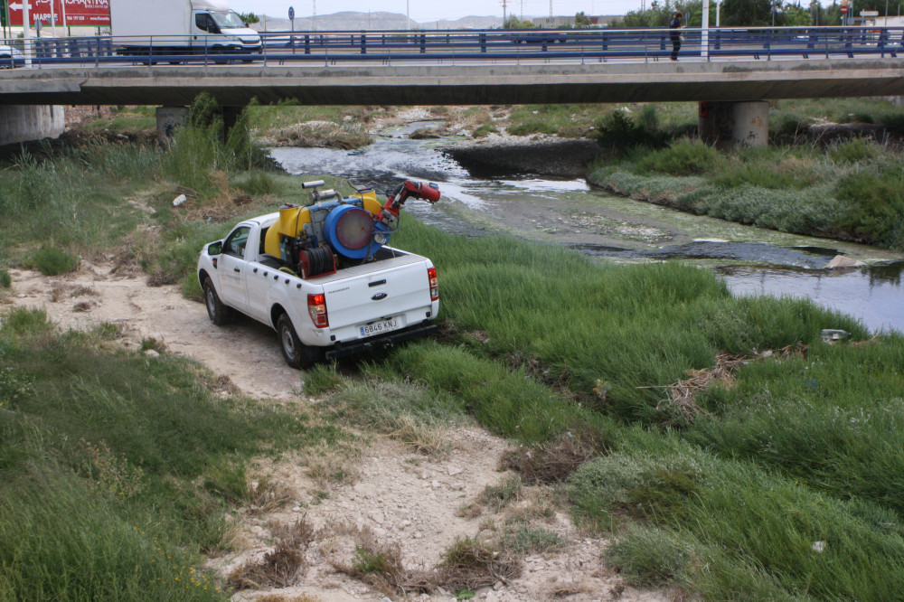 Ayuntamiento de Novelda IMG_6946-ayto Calidad Ambiental pone en marcha la campaña anual de control de mosquitos