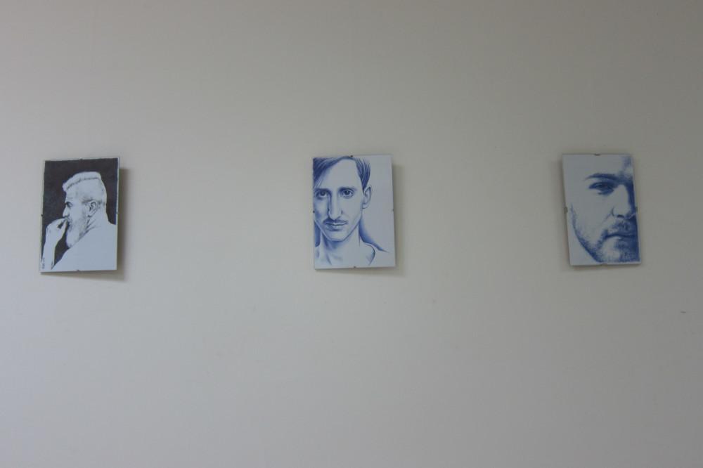 Ayuntamiento de Novelda IMG_8161-ayto Retratos, de Pedro Luis López Llorens, en el Centro Cultural Gómez-Tortosa