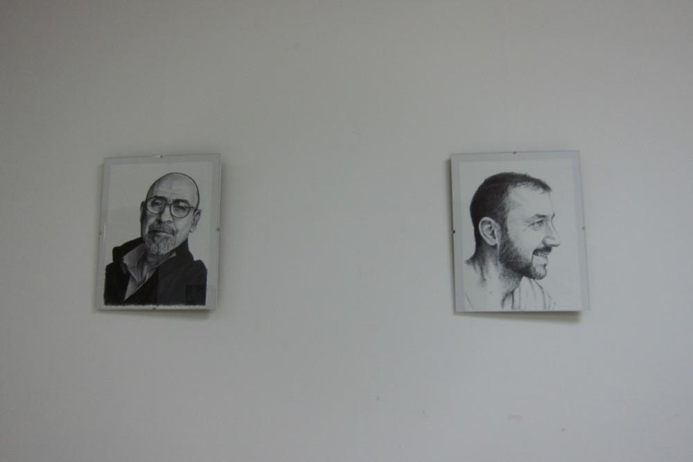Ayuntamiento de Novelda IMG_8163-ayto Retratos, de Pedro Luis López Llorens, en el Centro Cultural Gómez-Tortosa