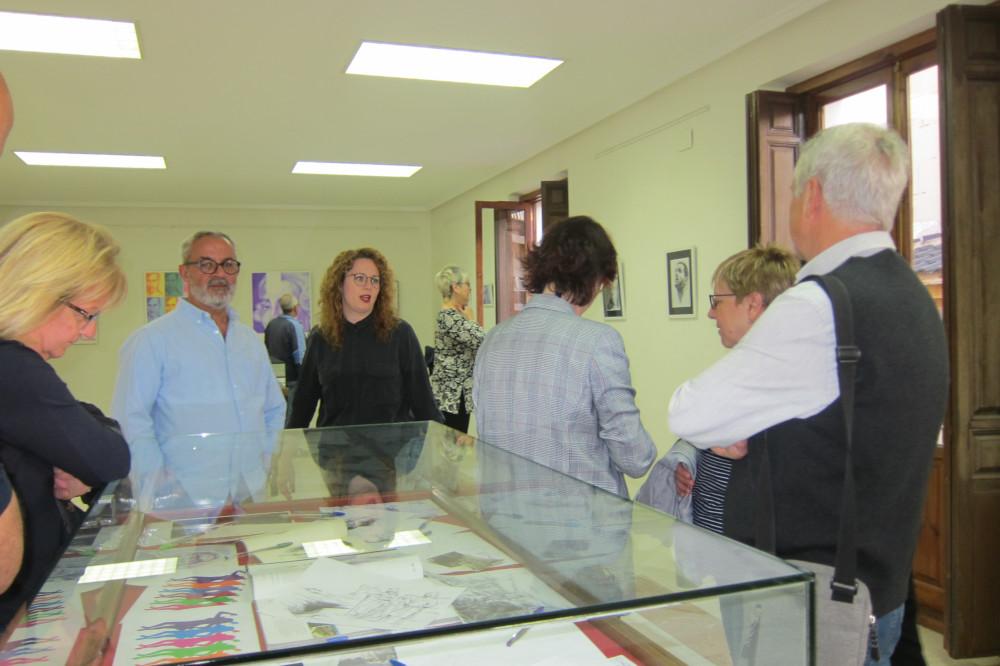 Ayuntamiento de Novelda IMG_8206-ayto Retratos, de Pedro Luis López Llorens, en el Centro Cultural Gómez-Tortosa