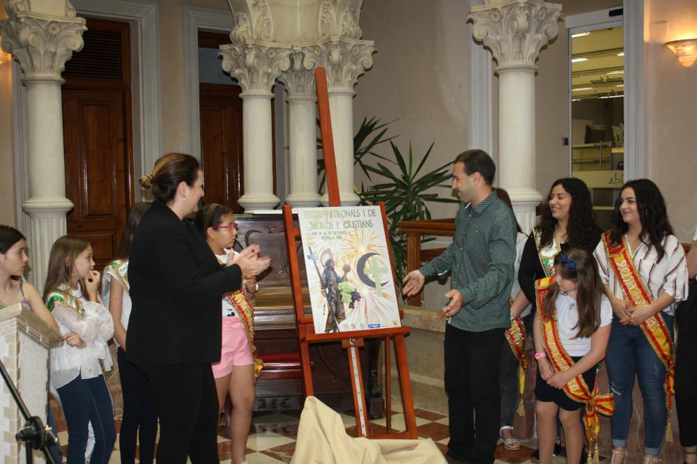 Ayuntamiento de Novelda cartel-fiestas-009-ayto-1 Xavi Sellés, autor del cartel anunciador de las Fiestas Patronales y de Moros y Cristianos 2019